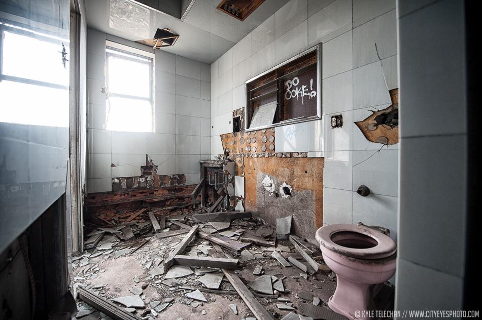 Ritzy Bathroom